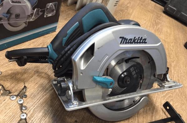 Циркулярная пила Makita: обзор высокопроизводительных инструментов и как выбрать аккумуляторное устройство + отзывы владельцев