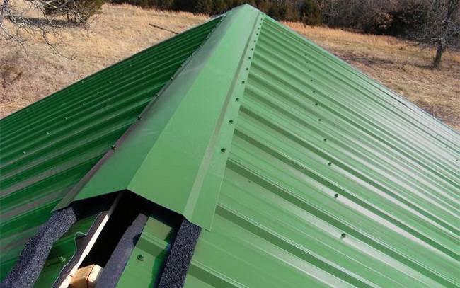 Уплотнитель под конек металлочерепицы и профнастила – выбор и монтаж