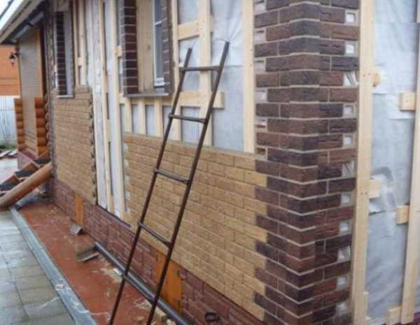 Правильная отделка сайдингом фасада деревянного дома