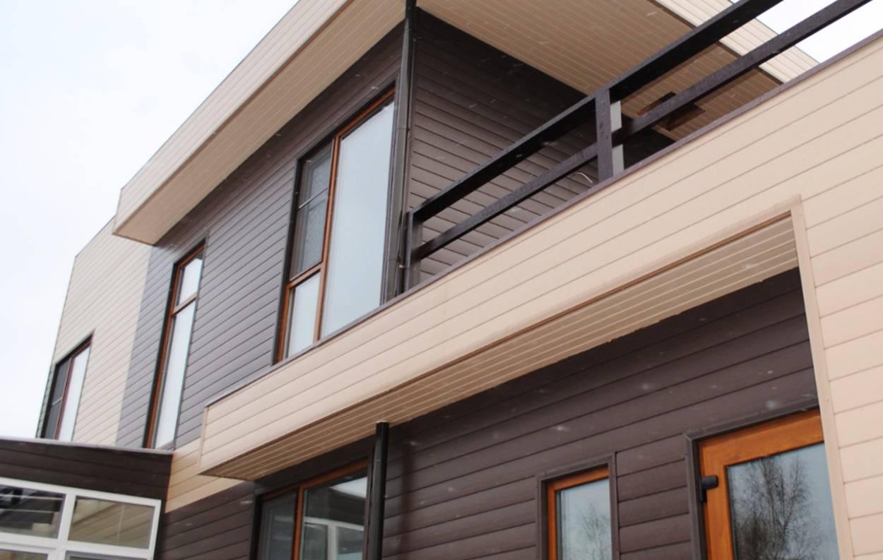 Сочетание сайдинга и фасадных панелей: особенности, что лучше