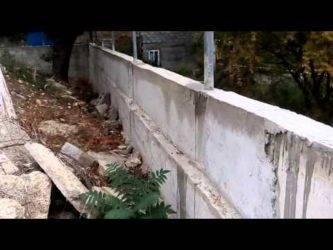 Подпорные стены из блоков: из фбс и шлакоблоков, из столбовых блоков и пеноблоков, пустотелые и другие блоки. как сделать их своими руками по чертежам?