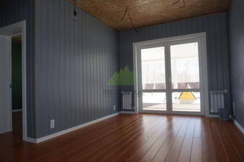 Обшивка дома имитацией бруса внутри и снаружи: как крепить обшивку стен фасада, монтаж к стене усиленными кляймерами и саморезами, фото и видео