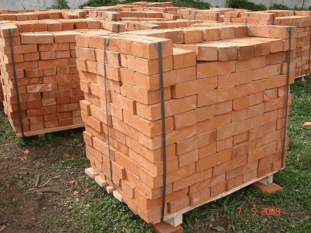 Сколько кирпича в 1 м² кладки в зависимости от видов материала и толщины шва