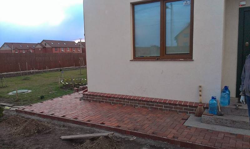 Состав бетона для отмостки и технология заливки
