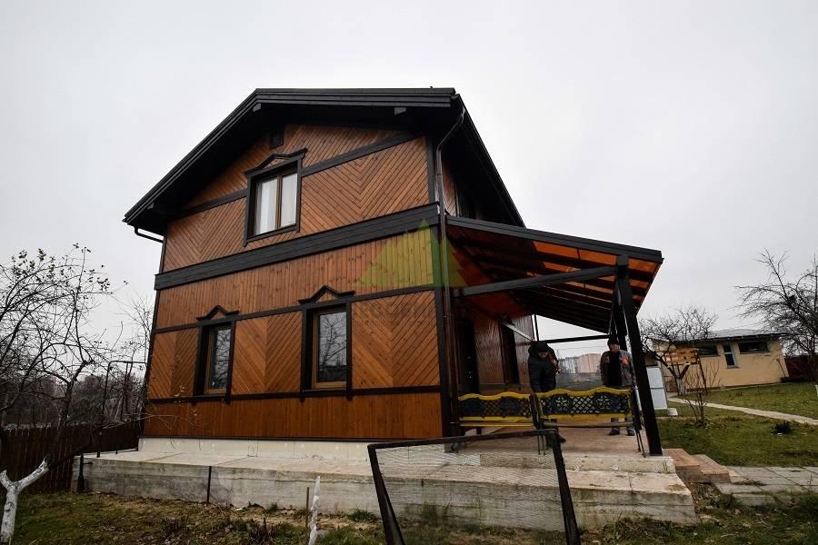 Покраска деревянного дома: чем покрасить деревянный дом снаружи