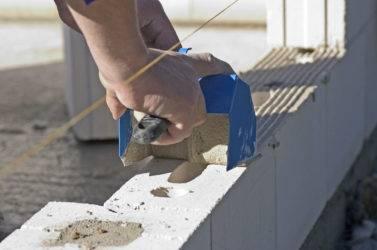 Кладка газобетонных блоков своими руками: пошаговая инструкция, инструменты
