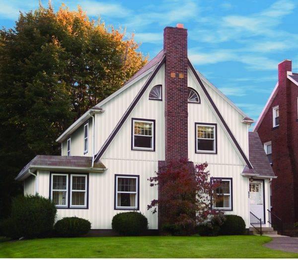 Отделка домов сайдингом (40 фото): дизайн оформления снаружи, варианты сочетания цветов при обшивке фасада, идеи и примеры их реализации